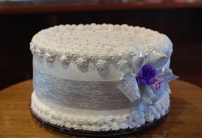 2015 Cake by Kat Mayo