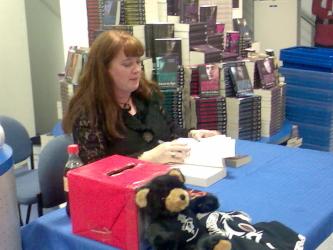 Sherrilyn Kenyon book signing at Galaxy